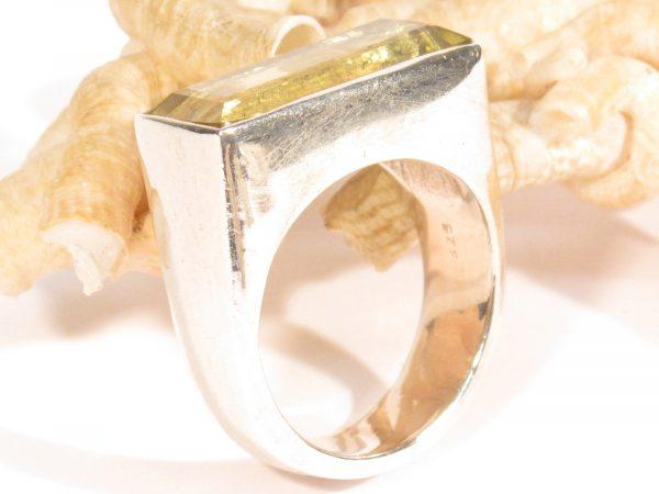 anello in argento e quarzo citrino-gioielli etnici-atlantide