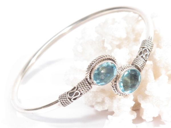 bracciale in argento e topazio azzurro
