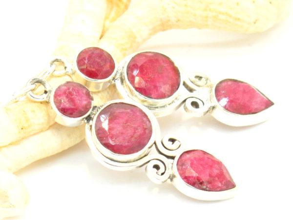 orecchini in argento e radice di rubiino
