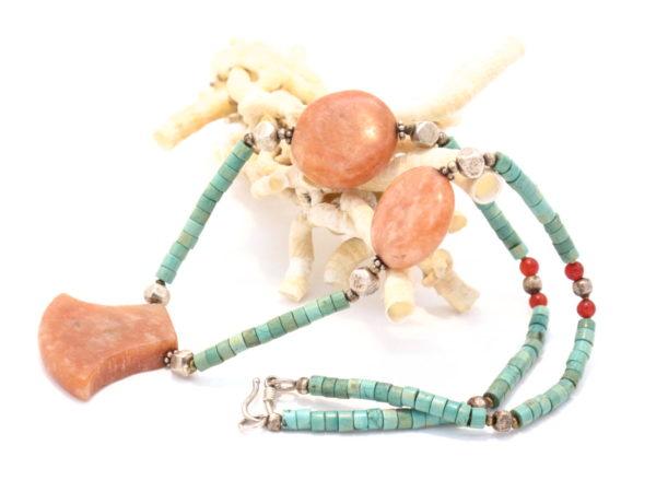 collana nepalese in turchese e corniola