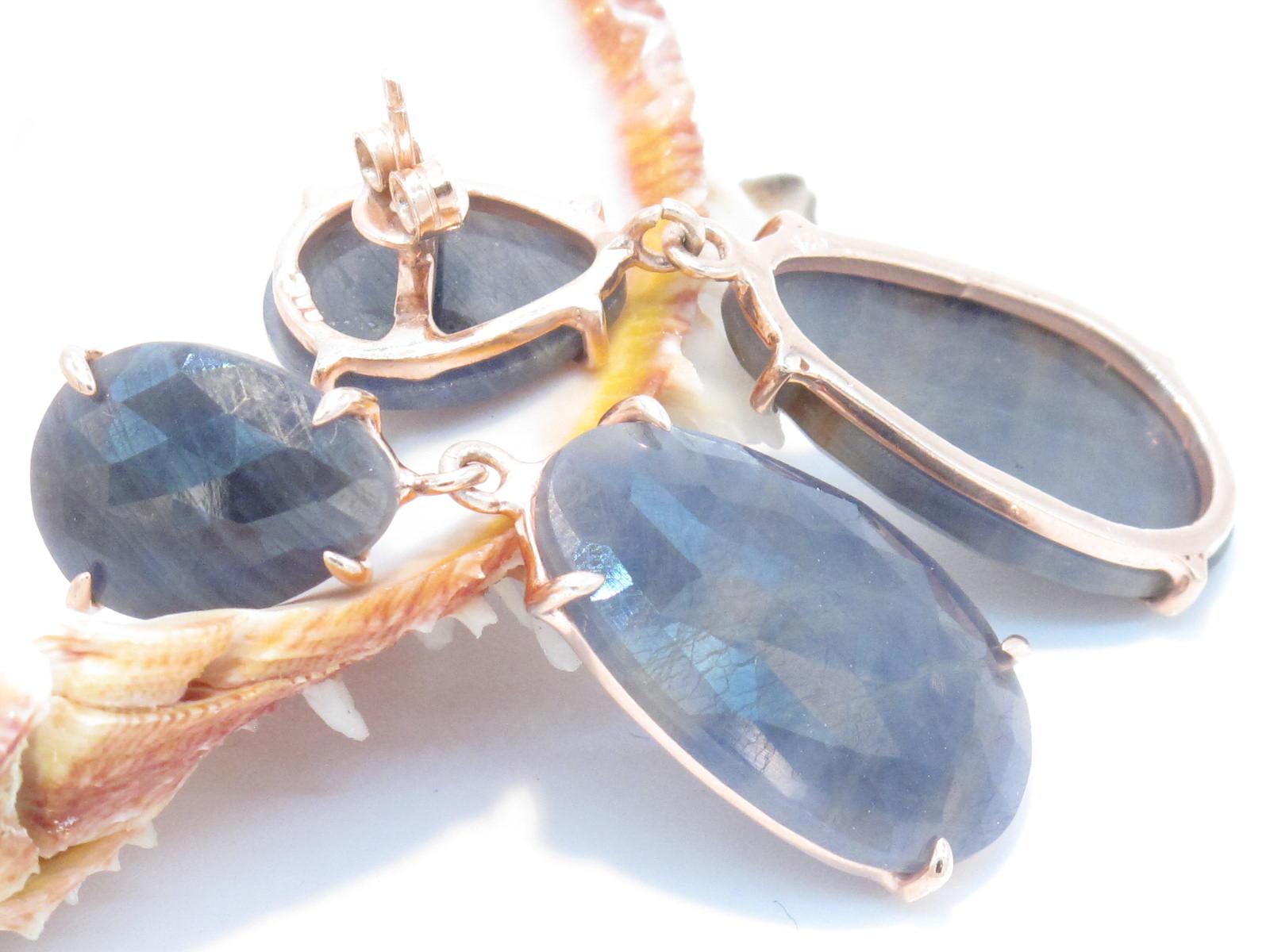 orecchini in argento dorato e zaffiri