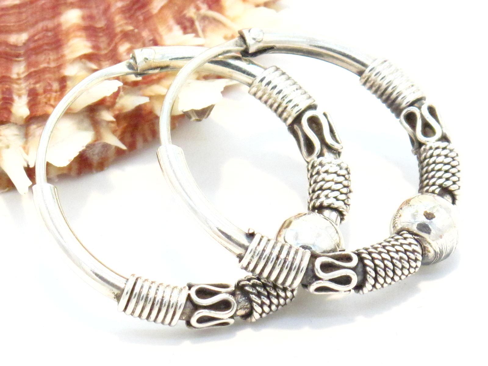 orecchini etnici a cerchio in argento