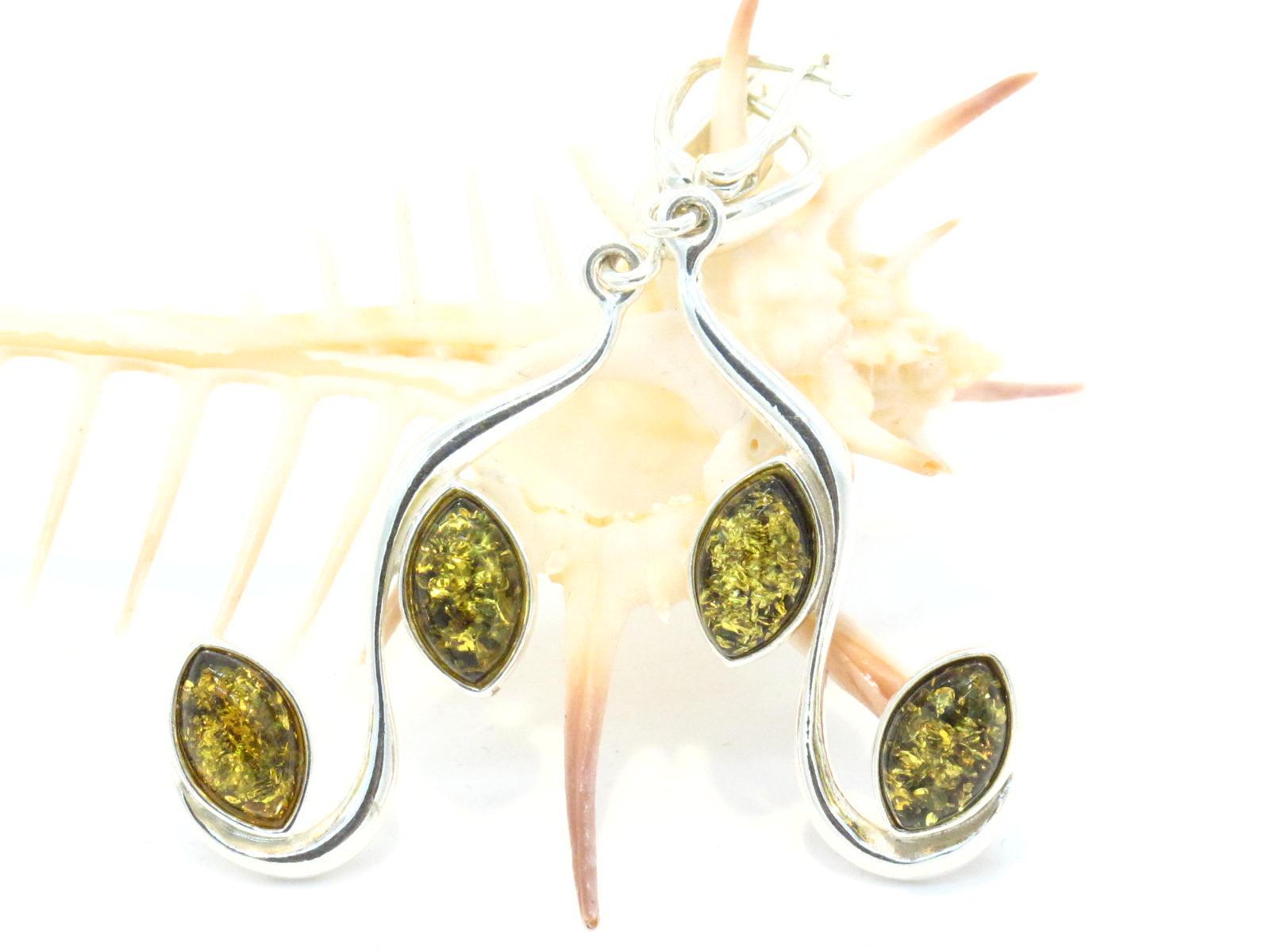 orecchini in argento a ambra verde