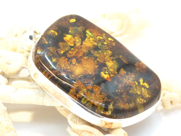 pendente in argento e ambra baltica