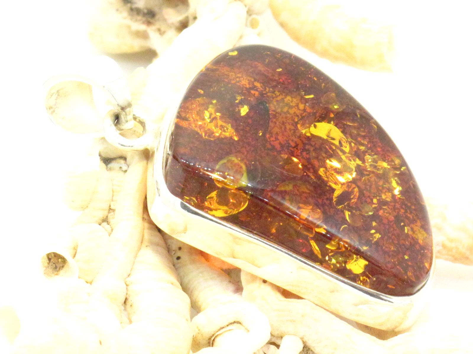 pendente in argento e ambra
