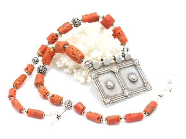 collana yemenita corallo e argento