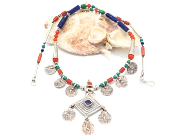 collana tibetana corallo turchese lapislazzuli