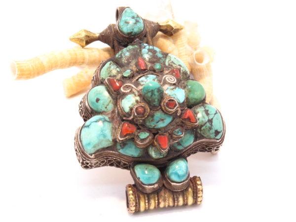 pendente ghau vecchio corallo e turchese
