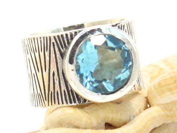 anello argento e topazio azzurro