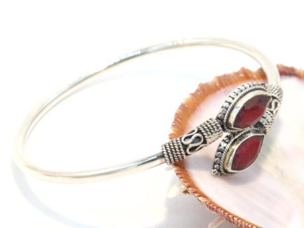 bracciale contrarie argento e radice di rubino