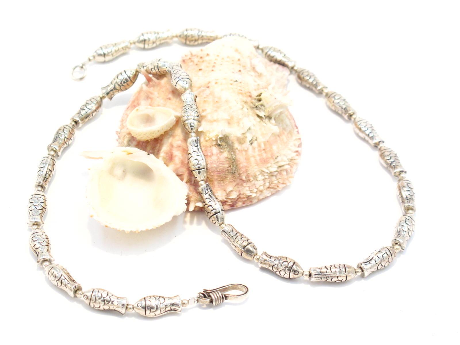 Collana in argento con pesci uno degli otto simboli