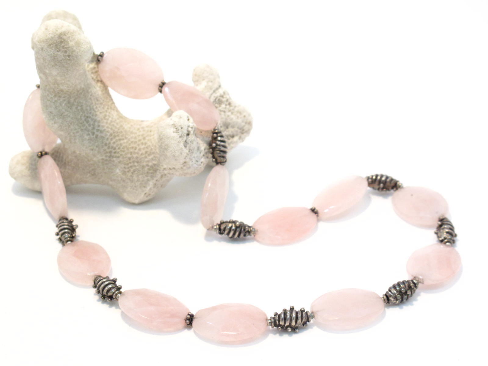 collana in argento e quarzo rosa