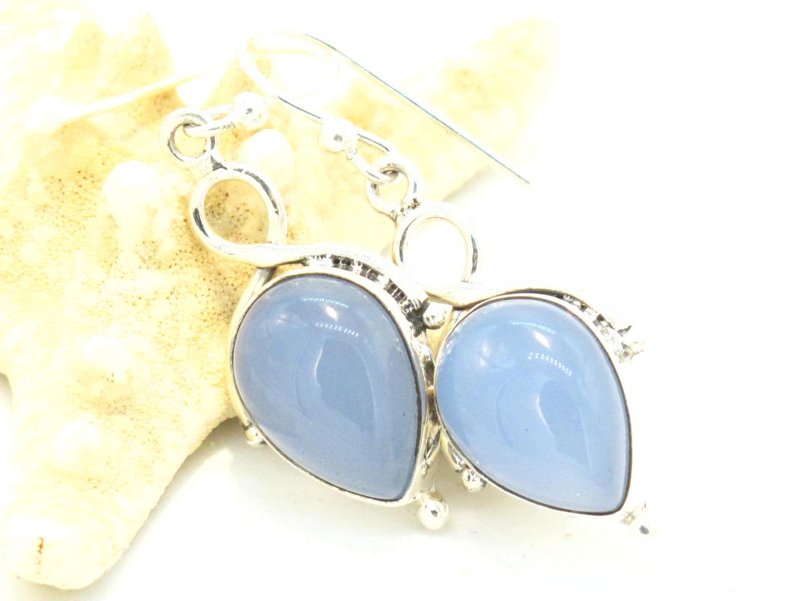 orecchini in argento e calcedonio