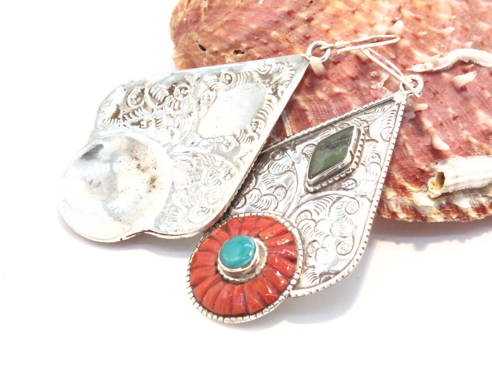 orecchini in argento, turchese e corallo